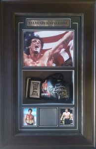 Sylvester Stallone : Rocky III signed Limited Edition boxing glove